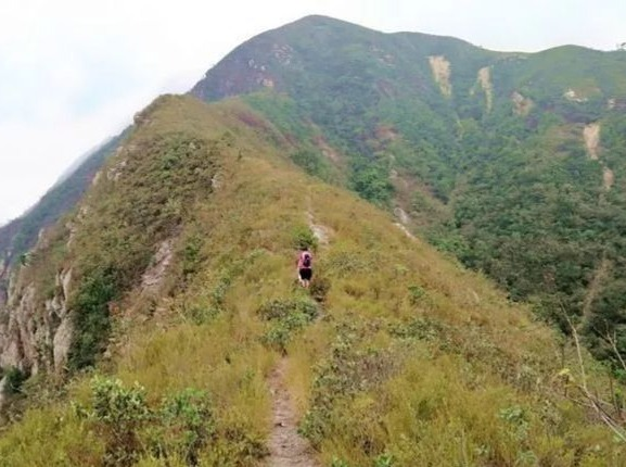 鹤山第一峰探秘小昆仑山