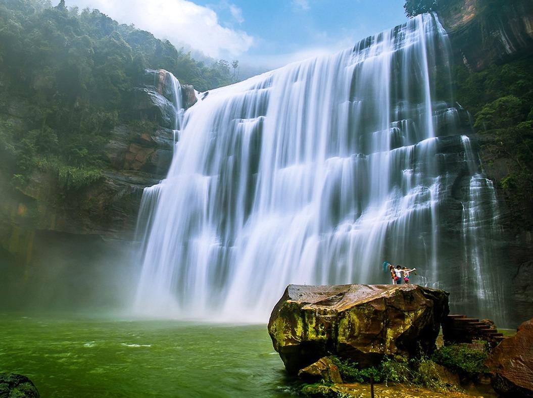 赤水大瀑布、佛光岩3日游