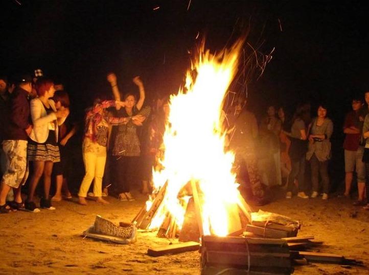 楠溪江大型BBQ篝火聚会