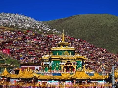 佛寺,雪山,草原,开启色达稻城之旅